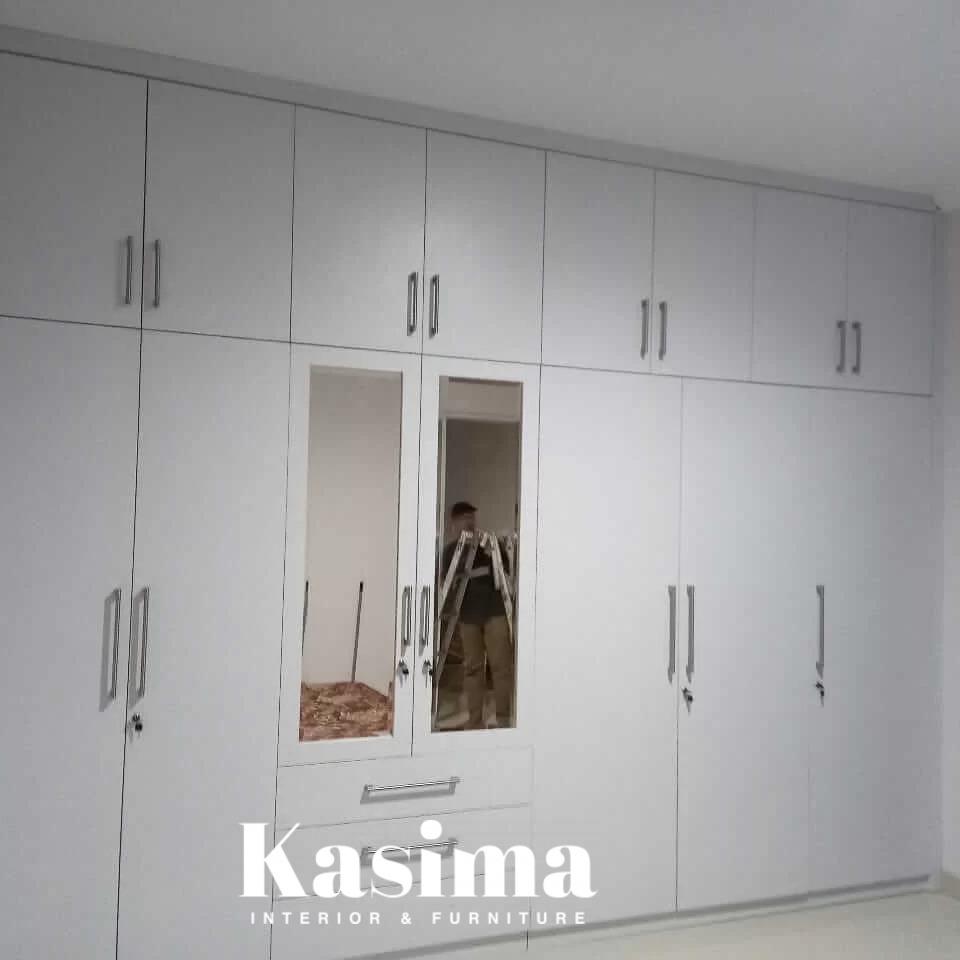 lemari-pakaian-custom-minimalis-1